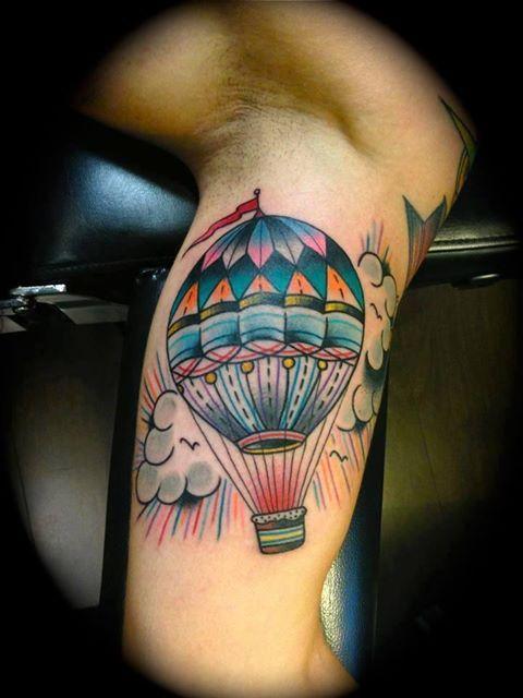 tattoo old school / traditional ink - balloon