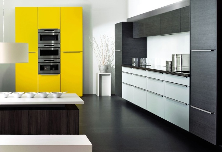 Gelbe Küche von KH System Möbel / Yellow kitchen by KH System ...
