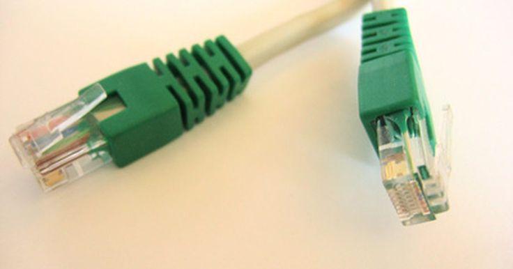 ¿Cuál es la diferencia entre un cable modem y DSL USB o Ethernet?. Un módem es un dispositivo de red que establece una conexión entre tu red en casa y el proveedor de Internet. El tipo de módem que utilizas corresponde con el tipo de servicio de Internet que tienes. Por ejemplo, si estás usando Internet de cable, tendrás un cable de módem que se conecta a tu computadora vía Ethernet o USB.