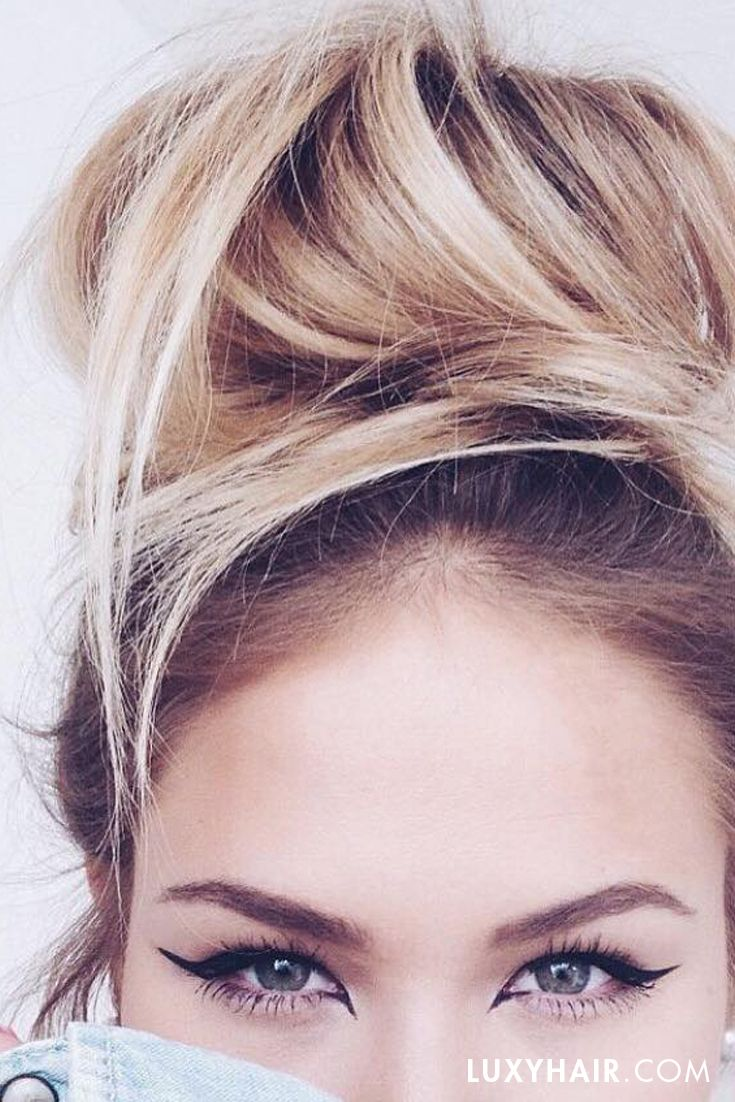 Messy bun with Ash Blonde #luxyhairextensions like nobody's business! via @__susanka