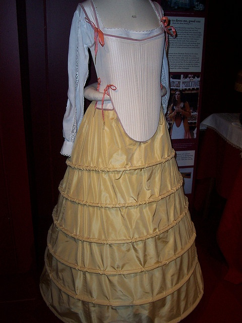 Tudor Corset and Farthingale by TheMostHappy, via Flickr