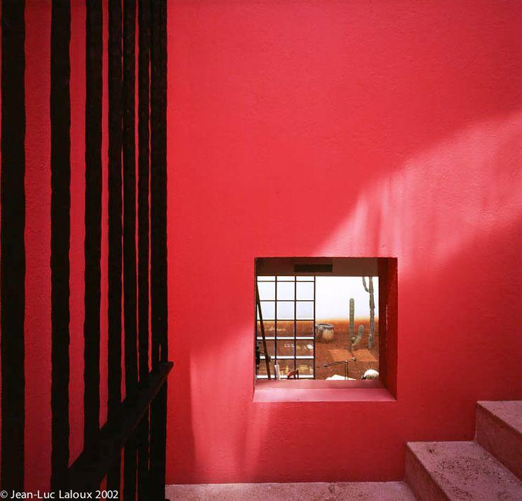 Ricardo Legorreta - Architect House - Mexico city - Photo: Jean-Luc Laloux