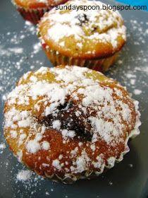 Νηστίσιμα κεκάκια με μήλο και σοκολάτα. Γρήγορα και εύκολα! Υπόσχονται να γεμίσουν την κουζίνα σας αρώματα και τον ουρανίσκο σας γεύση!