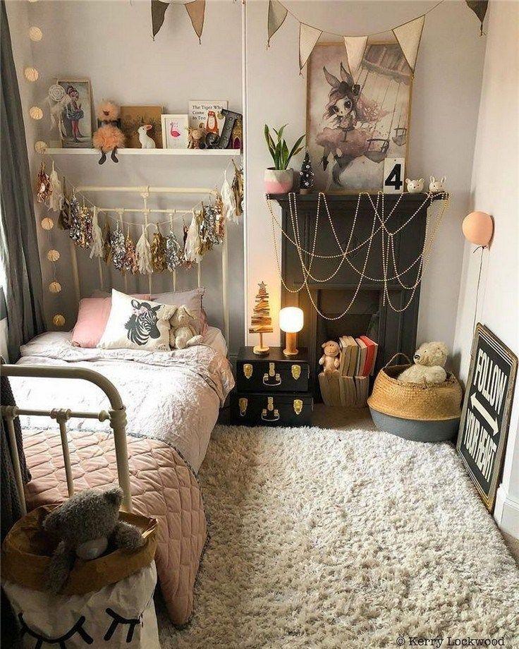 50 Beautiful College Apartment Bedroom Decorating Ideas 44