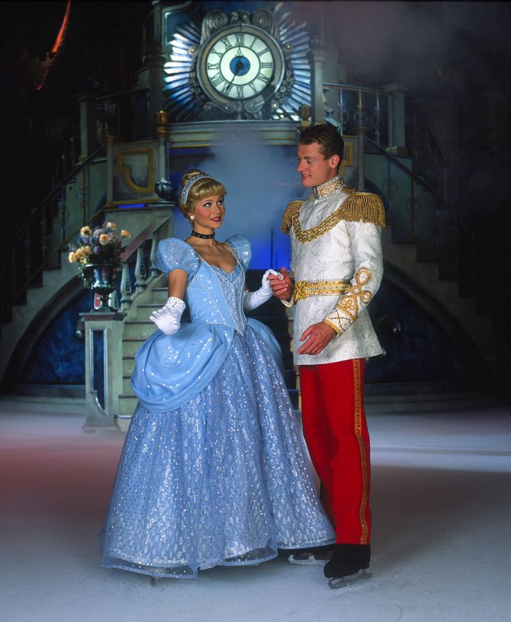 Disney On Ice. LOVE the outfits! Why aren't these outfits on the face characters at the disney resort