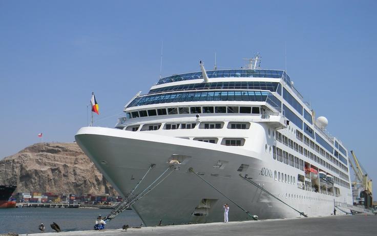 Cruise (MV Adonia) in Arica port, Chile.