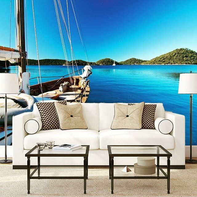 Biel i błękit - kolory idealnie współgrające. <3 Do tego kilka gadżetów: świeczniki w kształcie latarni, akcenty z liny jutowej i mamy prawdziwą marynistyczną aranżację. :ocean::ocean::ocean: Mamy tu fanów stylu Hamptons? :)  www.tapetydesign.pl