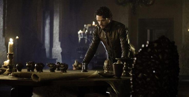 Juego de Tronos temporada 3: ¡Jon Nieve y el rey Joffrey en las escenas eliminadas! (Vídeo) | melty.es