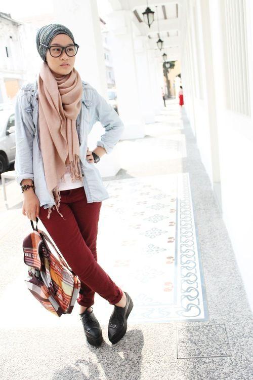 Scarf. Hijab fashion.