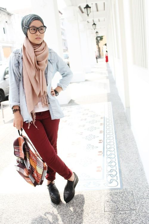Scarf. Hijab fashion.