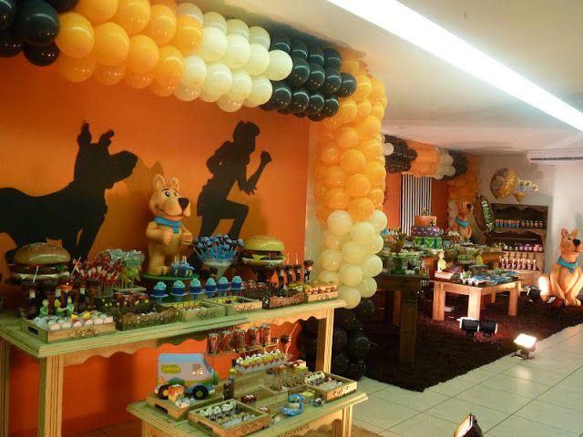 Achei linda, criativa e muito bem cuidada essa festa dos dois irmãos João Lucas e Pedro Henrique organizada pela Yupii Fest. Olha só os doce...