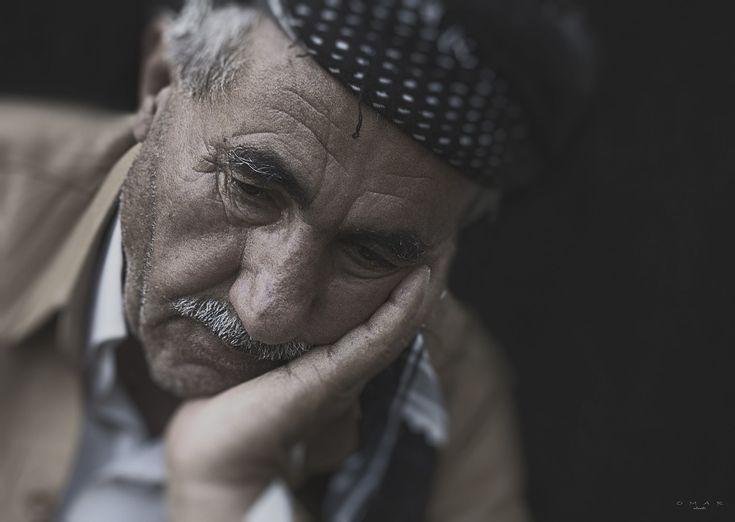 Ningún ser humano puede salvarse de sentirse triste alguna vez y usualmente pensamos en esto como algo displacentero. Pero en verdad la tristeza puede cumplir funciones muy importantes y ser parte de una buena salud mental a niveles moderados. Veamos qué dicen los siguientes 10 estudios al respecto: El mal humor puede ser motivante (cuando …