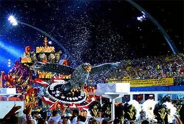 "BRASIL | V, 8 FEB 2013 - ""Carnaval de Río pone a bailar economía de Brasil y a Google"". (IPITIMES.COM® /FUENTE: ALTO NIVEL)."