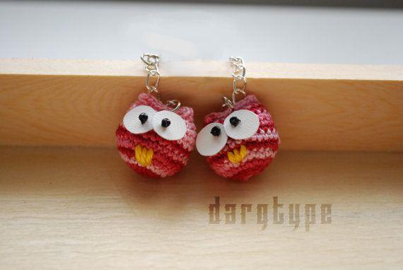 little pink owl earrings by Dargtype