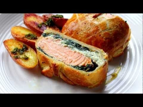 Steve cooks a classic....Salmon en croute made easy, If you dont like salmon, try beef tenderloin also beautiful.  Served with sauteed potatoes and a lemon butter sauce. Facebook https://www.facebook.com/stevescooking1 Visit http://stevescooking.blogspot.com/ for all the ingredients Music Composed & Performed by Steven Dolby