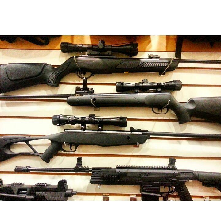 """Rifles Gamo o Crosman los tenemos al mejor precio aquí en #GlobalOption VISITANOS en nuestras tiendas C.C. SantaFe Local:4144 Tel: 3214962 WhatsAap:3103868555 C.C. Monterrey Local:135 Tel:2688792 WhatsAap: 3044904449 O en nuestras Redes Sociales como @GoGlobalOption y en Facebook: """"Encuentralo Todo"""". TE ESPERAMOS.... #adrenalina #aventura #amorporlapesca #amorporlasarmas #armas #tiroalblanco #telescopio #gorras #Novedades #navaja #Radios #sobrevivencia #supervivencia #pistola #pescadeportiva…"""