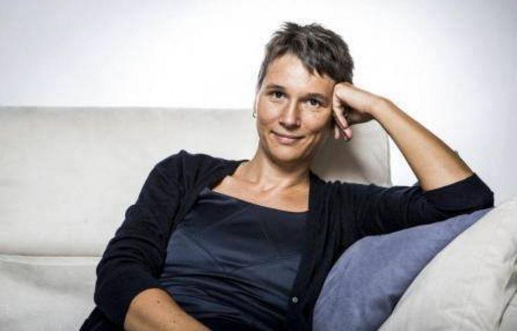 Cristina De Stefano e le storie di donne: non biografie, lampi di vita