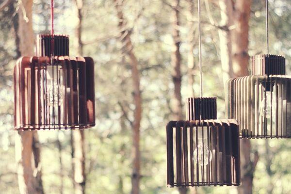 Ребро Вирия, или светильники из страны жар-птиц  http://tutdesign.ru/cats/object/16690-rebro-viriya-ili-rebristy-e-svetil-niki-iz-strany-zhar-ptits.html  Инженеры с научной степенью из Белгорода создают деревянные дизайнерские плафоны ручной работы>>