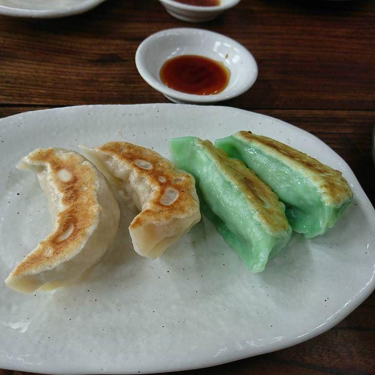デスラーみたいな餃子が来た #佐野ラーメン #麺家いおり  #餃子