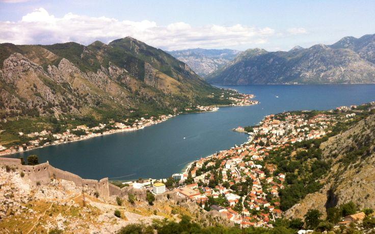 Pod koniec czerwca 2013 roku kilka dni spędziłem w Kotorze w Czarnogórze, u podnóża Alp Dynarskich. Postanowiłem wybrać się na szczyt Jezerski Vrh (1.657 m n.p.m.) leżący w Parku Narodowego Lovcen. Co prawda Stirovnik jest...