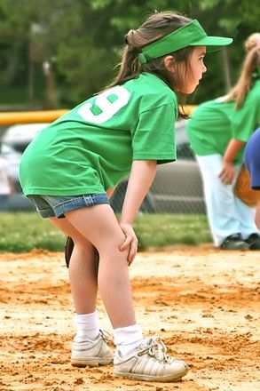 7 Reasons every little girl should play softball — Medium