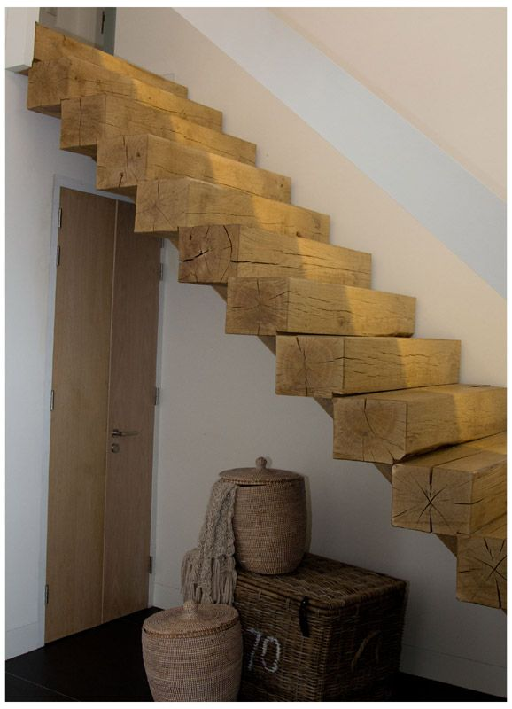 trap van balken, stairs wooden beams