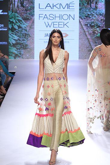Arpita Mehta. LFW 15'. Indian Couture.