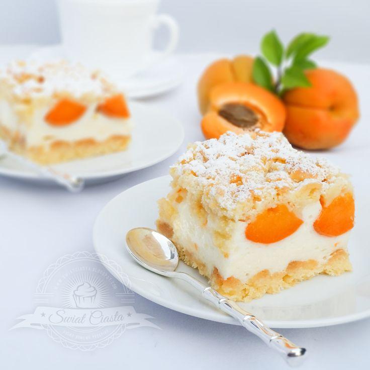 Kruche ciasto z morelami i pianką budyniową | Świat Ciasta