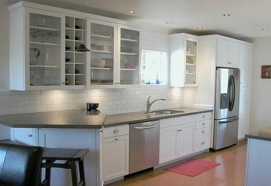 Homemade Kitchen Sanitizer: Design Ideas, Subway Tile, Glass, Small Kitchen, House, Kitchen Ideas, Kitchen Designs, Kitchen Cabinets, White Kitchens
