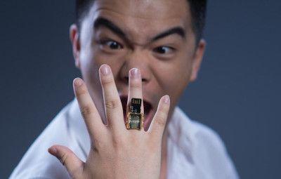 A USB ring www.shazzarazza.com