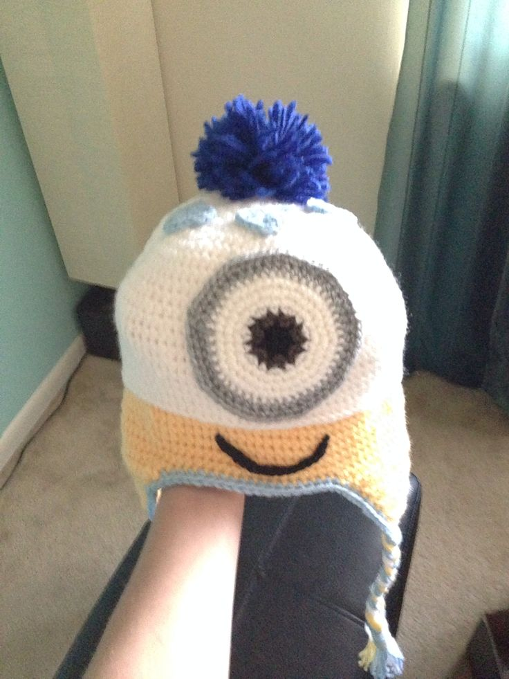 Minion disguised as baby beanie! Crochet and knit Pinterest Babies, Bea...
