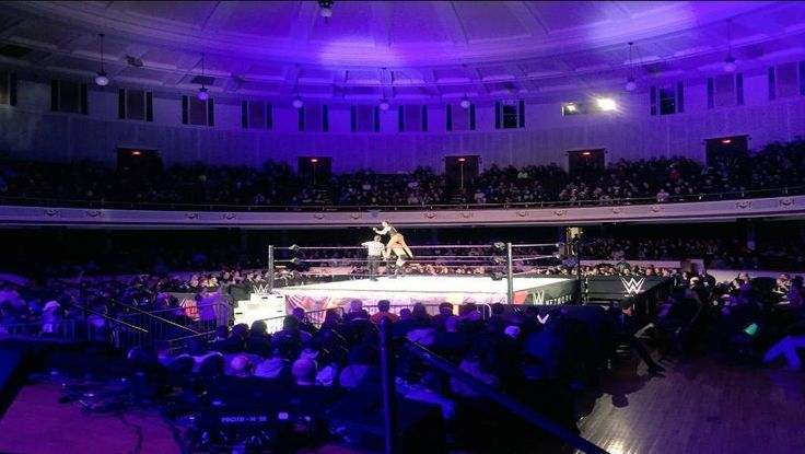 On Saturday, the first exclusive and non-televised WWE 205 Live show took place in Lowell, Massachusetts. The event featured not only the stars of the WWE Cruise division but also Raw wrestlers such as Bray Wyatt, Matt Hardy or Nia Jax, who acted as a special referee in the main event.   ##WWE #205Live #WrestlingNews