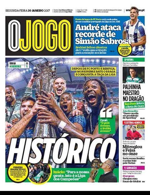 O Campeonato Mundial de Clubes teve a sua primeira edição em 2000, tendo sido conquistado pelo Corinthians.