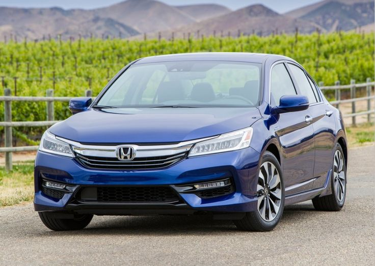 2017 Honda Accord Hybrid Touring is both technologically sophisticated and uniquely stylish. Why settle when you can have the best of both worlds .....