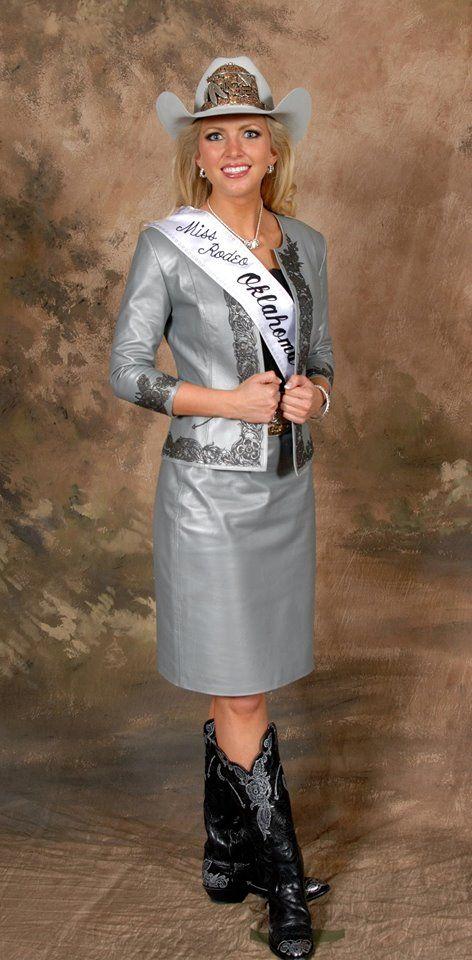 Lauren Heaton, Miss Rodeo America 2015 wearing Rhinestones and Rodeo!