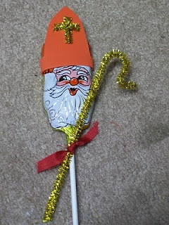 Easy St. Nicholas pop -- Will need to do this for St. Nick's day next year!