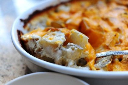 """Is there even such a thing as """"bad"""" potatoes au gratin? I really don't think there is. And that makes the title of this recipe even more weighty. This is a very basic, but exceedi…"""