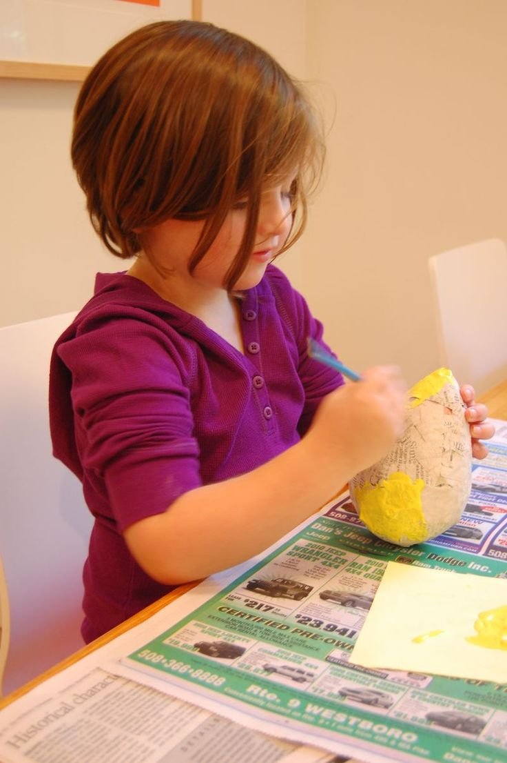 Make a paper mache etrog (for the Jewish holiday of Sukkot).