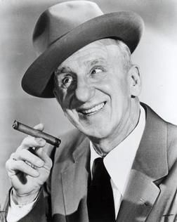 There's a commercial on the air with a voice from the past... one I loved hearing even if it aged me!  Jimmy Durante