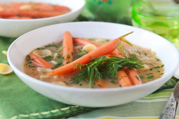 Healthy & easy Easter Bunny Soup. #vegan