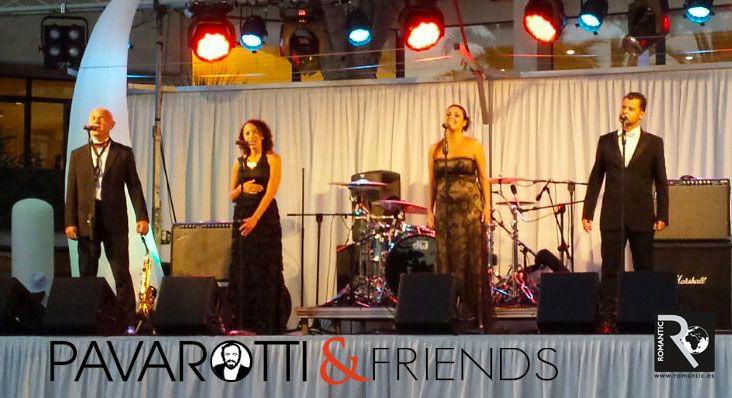 Fiesta en Blanco para celebrar el 30 aniversario del Hotel Conquistador H10. La velada fue amenizada por la actuación de Pavarotti & Friends, obsequio de Romantic Corporate a nuestros amigos del hotel H10 Conquistador. Más Info: www.romantic.es www.facebook.com/RomanticCorporate Telf: +34 902 160 024