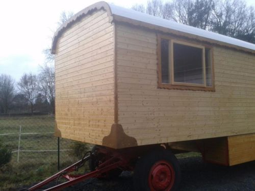 17 best images about wagen on pinterest tiny homes on wheels gypsy and buses. Black Bedroom Furniture Sets. Home Design Ideas