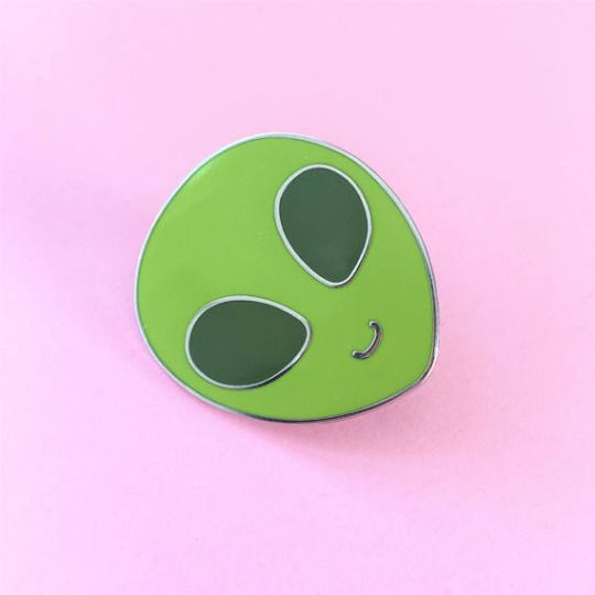 In case you missed it, yesterday I made my Little Alien Pin listing live on Etsy! They come in three different finishes and are available to ship worldwide ♡