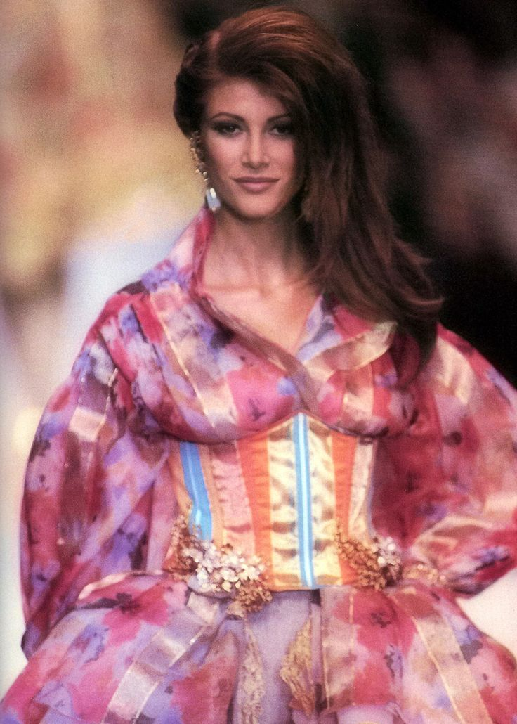 Angie Everhart, Christian Dior by Gianfranco Ferre S/S 1993