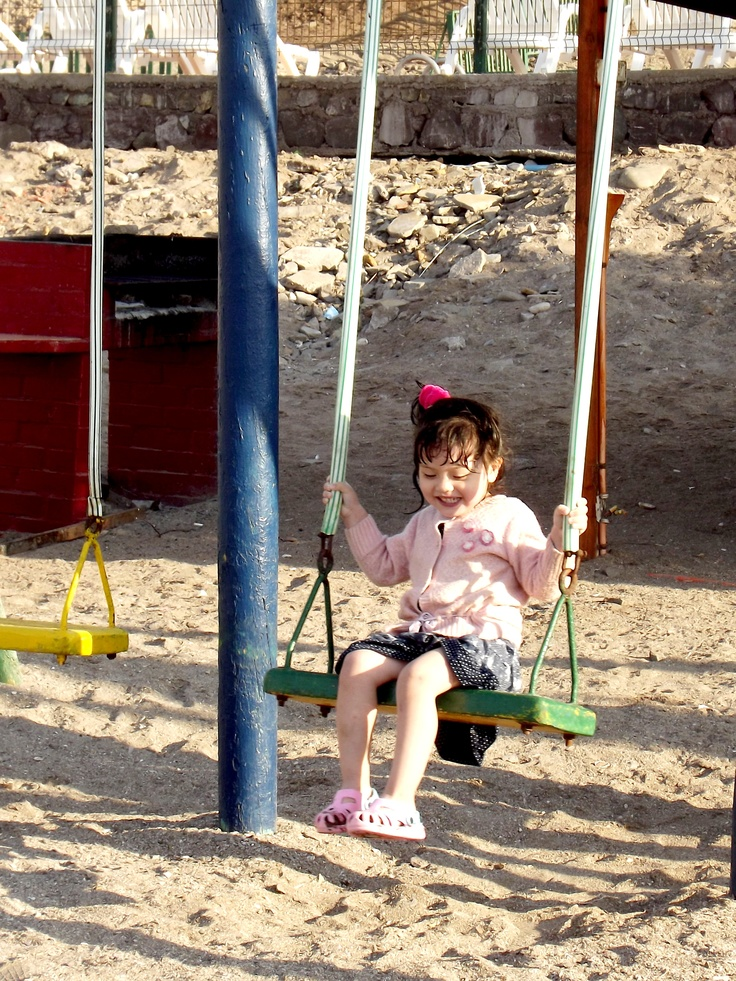 Alice Playing on game to Huayquique beach -Iquique