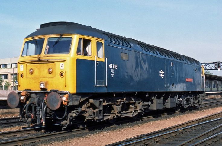 At Gloucester on 14th July 1985, Class 47 47613 'North Star' runs back to Horton Road MPD for fuel. New from Crewe Works as D1661 in Feb 65 and first allocated to Landore , the loco was named at London Paddington on 20th March of that year. It became No. 47077 in Feb 74 and No. 47613 in May 84. Becoming No. 47840 in Nov 89, it was withdrawn in May 2007, and preserved by the Diesel & Electric Preservation Group. The loco is currently in service on the West Somerset Railway. (Derek Jones)