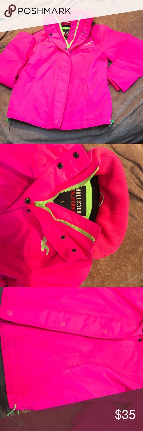 Hollister jacket Pink hollister jacket no major wear Hollister Jackets & Coats Puffers