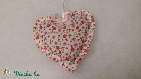 Meska - Levendluás szívek solba66 kézművestől