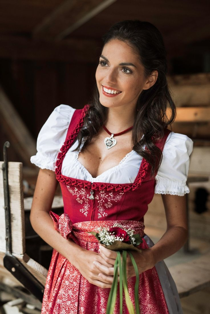 1000 ideas about dirndl on pinterest trachten. Black Bedroom Furniture Sets. Home Design Ideas