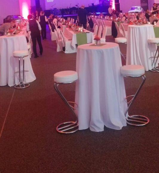 Runde Tischdecken für Stehtische.  Eine wunderschöne Alternative